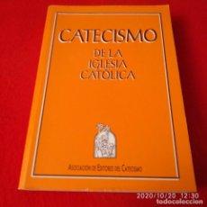 Libros de segunda mano: CATECISMO DE LA IGLESIA CATÓLICA, 1992, 702 PÁGINAS, ENCUADERNADO EN RÚSTICA, BUEN EJEMPLAR.. Lote 221656542