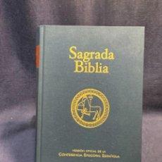 Libros de segunda mano: SAGRADA BIBLIA VERSION OFICIAL CONFERENCIA EPISCOPAL ESPAÑOLA 2011 BIBLIOTECA AUTORES CRISTIANOS 25C. Lote 226953080