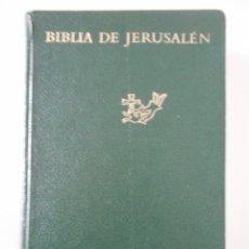 Libros de segunda mano: BIBLIA DE JERUSALEN. DESCLÉE DE BROUWER. 1967. TAPA DURA. 1693 PAGINAS. CINTA MARCAPAGINAS. 1140 GRA. Lote 244750240