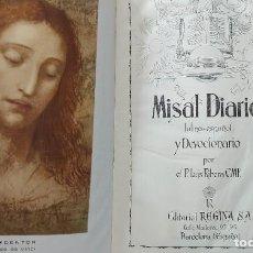 Libros de segunda mano: ANTIGUO LIBRO - MISAL DIARIO Y DEVOCIONARIO - 1960 - LUIS RIBERA CMF - INCLUYE ALGUNA ESTAMPA - EDIT. Lote 293905293