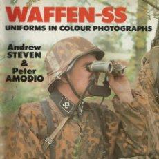 Libros de segunda mano: WAFFEN SS - UNIFORMES EN FOTOGRAFÍAS EN COLOR. Lote 43335949