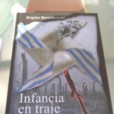 Libros de segunda mano: INFANCIA EN TRAJE DE RAYAS-BOGDAN BARTNIKOWSKI--MUSEO ESTATAL DE AUSCHWITZ-2012. Lote 199799447