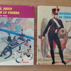 Libros de segunda mano: TEMÁTICA MILITAR, 2 LIBROS DE PETER YOUNG, MAQUINAS DE GUERRA Y EL JUEGO DE LA GUERRA.. Lote 215711931