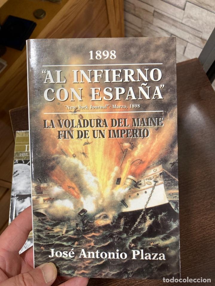 Libros de segunda mano: Lote de 2 libros militares - Foto 3 - 270187348