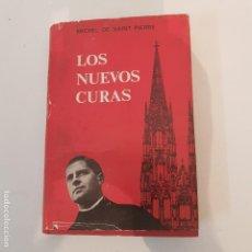 Libros de segunda mano: LOS NUEVOS CURAS -1965. Lote 126054147