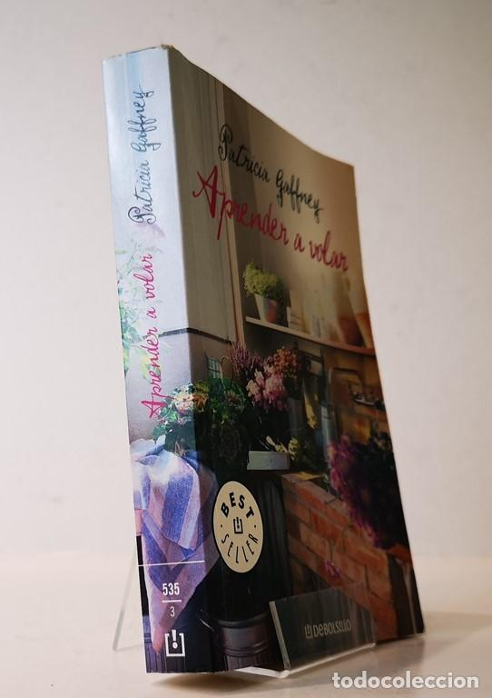 APRENDER A VOLAR,PATRICIA GAFFENEY,EDITORIAL MONDADORI,DEBOLSILLO,2007. (Libros de Segunda Mano - Pensamiento - Sociología)