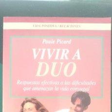 Libros de segunda mano: VIVIR A DUO - ED ROBIN BOOK. Lote 150677642