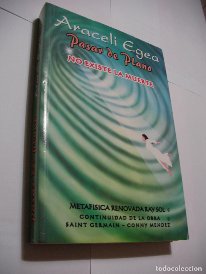 PASAR DE PLANO - NO EXISTE LA MUERTE (EM3) (Libros de Segunda Mano - Pensamiento - Sociología)