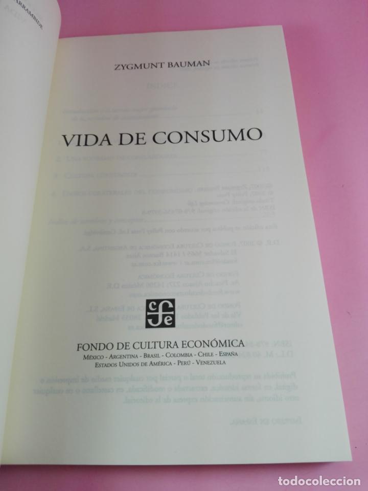 Libros de segunda mano: LIBRO-VIDA DE CONSUMO-ZYGMUNT BAUMAN-1ªEDICIÓN-2007-IMPOLUTO-VER FOTOS. - Foto 3 - 178863106