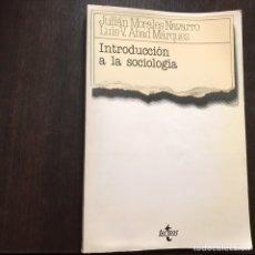 Libros de segunda mano: INTRODUCCIÓN A LA SOCIOLOGÍA. JULIÁN MORALES. TECNOS. Lote 160329325