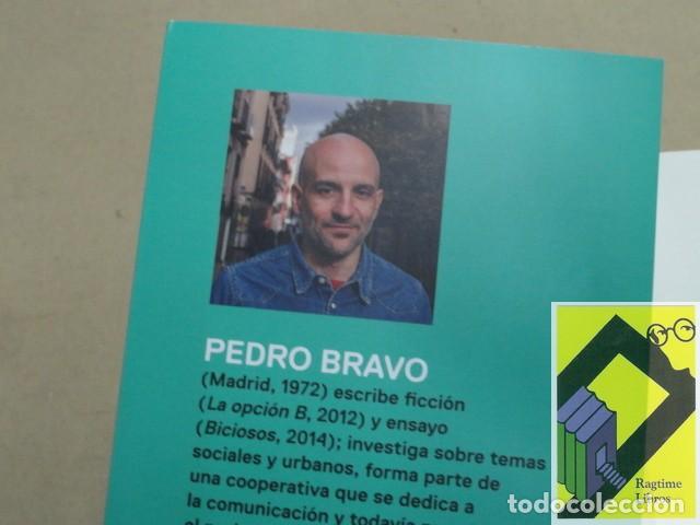 Libros de segunda mano: BRAVO, Pedro:Exceso de equipaje. Por qué el turismo es un gran invento,hasta que deja de serlo - Foto 2 - 165323554