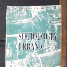Libros de segunda mano: SOCIOLOGIA URBANA OLOT ELS ANYS VINT I TRENTA ENRIC MUT I REMOLA 1991 EL BASSEGODA EDICIONS, OLOT. Lote 166879052