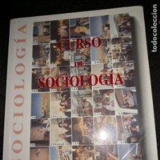 Libros de segunda mano: CURSO DE SOCIOLOGIA. Lote 171472982