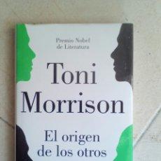 Libros de segunda mano: EL ORIGEN DE LOS OTROS. TONI MORRISON. Lote 175135109