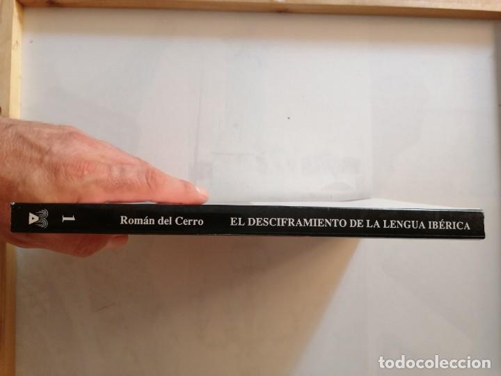 Libros de segunda mano: EL DESCIFRAMIENTO DE LA LENGUA IBÉRICA EN LA OFRENDA DE LOS PUEBLOS.JUAN L. ROMÁN DEL CERRO. - Foto 6 - 175460570