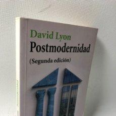 Libros de segunda mano: POSTMODERNIDAD ···DAVID LYON ·· EDIT. ALIANZA EDITORIAL. Lote 177296258