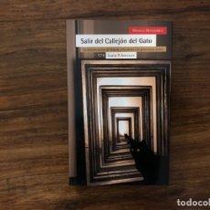 Libros de segunda mano: SALIR DEL CALLEJÓN DEL GATO. LA DECONSTRUCCIÓN DE ORIENTE Y OCCIDENTE. M. MONTOBBIO. Lote 178821025