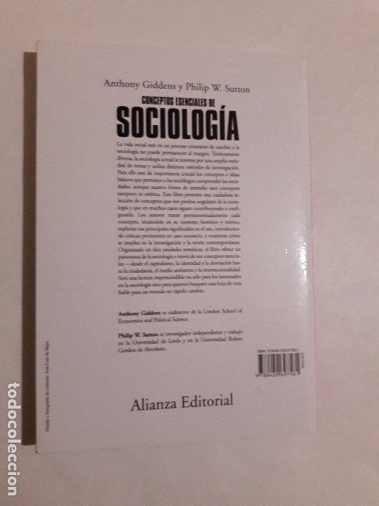 Libros de segunda mano: Conceptos Esenciales De Sociología, Anthony Giddens - Philip W. Sutton, Alianza ,2015 - Foto 3 - 182409305