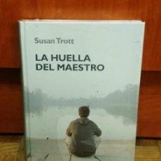 Libros de segunda mano: LA HUELLA DEL MAESTRO SUSAN TROTT RBA 2006 COLECCIÓN CRECIMIENTO EMOCIONAL LIBRO PRECINTADO. Lote 189776967