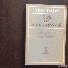 Libros de segunda mano: TEORÍA DEL APRENDIZAJE SOCIAL. ALBERT BANDURA. SUBRAYADO. VER FOTOS.. Lote 207044845