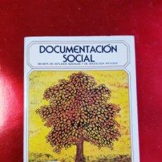 Libros de segunda mano: LIBRO-DOCUMENTACIÓN SOCIAL-LA ANIMACIÓN DE LOS MAYORES-1971-SOCIOLOGÍA-VER FOTOS. Lote 223767321
