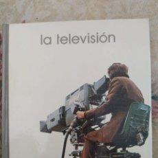 Libros de segunda mano: LA TELEVISIÓN, 1974 - FELICIANO LORENZO GELICES - LIBROS GT - BIBLIOTECA SALVAT - Nº14. Lote 239786275