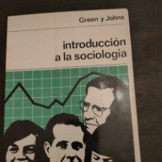 Libros de segunda mano: INTRODUCCIÓN A LA SOCIOLOGÍA. GREEN Y JOHNS. 1969.. Lote 257528990