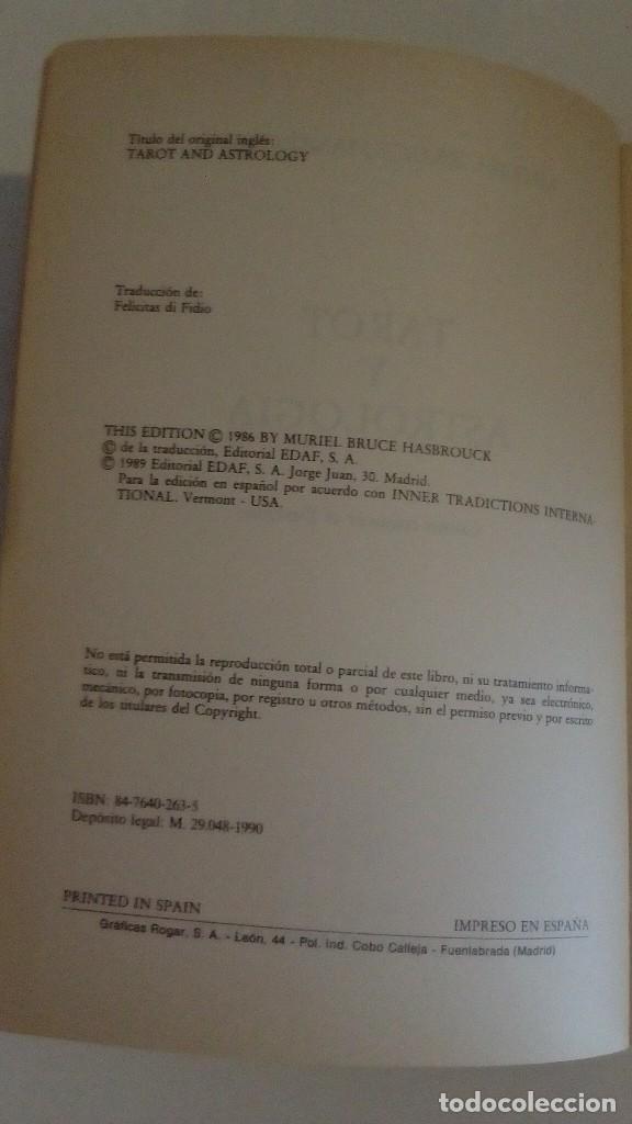 Libros de segunda mano: TAROT Y ASTROLOGIA COMO CONOCER EL DESTINO - LA TABLA ESMERALDA POR MURIEL BRUCE HASHRONCK - Foto 2 - 126370147