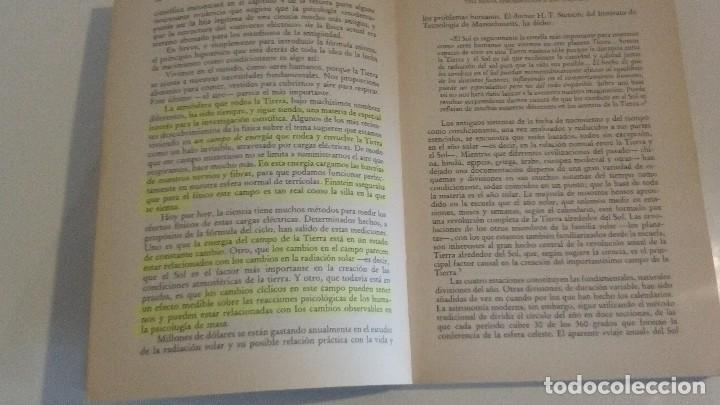 Libros de segunda mano: TAROT Y ASTROLOGIA COMO CONOCER EL DESTINO - LA TABLA ESMERALDA POR MURIEL BRUCE HASHRONCK - Foto 3 - 126370147