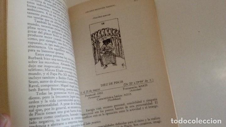 Libros de segunda mano: TAROT Y ASTROLOGIA COMO CONOCER EL DESTINO - LA TABLA ESMERALDA POR MURIEL BRUCE HASHRONCK - Foto 7 - 126370147