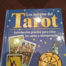 Libros de segunda mano: LOS SECRETOS DEL TAROT. NAUMANN & GOBEL. Lote 143662826