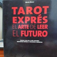 Libros de segunda mano: TAROT EXPRES , EL ARTE DE LEER EL FUTURO AUTOR : MICHELE MAZILLY EDITORIAL DE VECCHI 2008. Lote 147107342