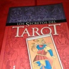 Libros de segunda mano: LOS SECRETOS DEL TAROT. LIBRO.. Lote 161674656