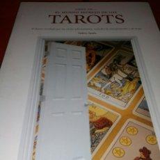 Libros de segunda mano: TAROT. EL MUNDO SECRETO DE LOS TAROT.. Lote 161686604