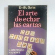 Libros de segunda mano: EL ARTE DE ECHAR LAS CARTAS. CARTOMANCIA ESPAÑOLA. EMILIO SALAS. MARTINEZ ROCA. TDK389. Lote 170207404