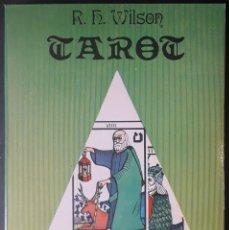 Libros de segunda mano: R. H. WILSON . TAROT. Lote 175339693