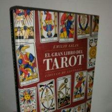 Libros de segunda mano: EL GRAN LIBRO DEL TAROT. EMILIO SALAS.. Lote 180327517