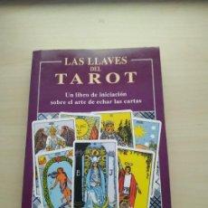 Libros de segunda mano: LAS LLAVES DEL TAROT - HAJO BANZHAF. EDAF. BUSCADO. Lote 191198151