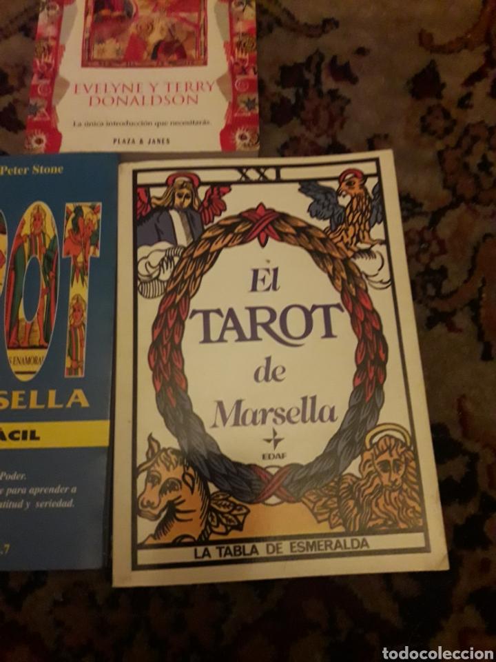 Libros de segunda mano: Tres libros de Tarot - Foto 4 - 192494925