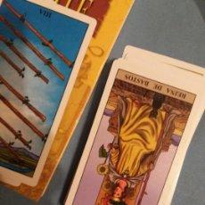 Libros de segunda mano: JUEGO CARTAS LIBRO TAROT. Lote 199048577