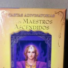 Libros de segunda mano: CARTAS ADIVINATORIAS-LOS MAESTROS ASCENDIDOS- LIBRO+44 CARTAS. Lote 222548581