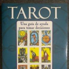 Libros de segunda mano: TAROT- UNA GUÍA DECISIVA PARA TOMAR DECISIONES DE HAJO BANZHAF. Lote 237598490