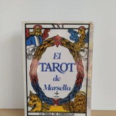 Libros de segunda mano: EL TAROT DE MARSELLA 1996 EDAF LA TABLA ESMERALDA. Lote 253878805