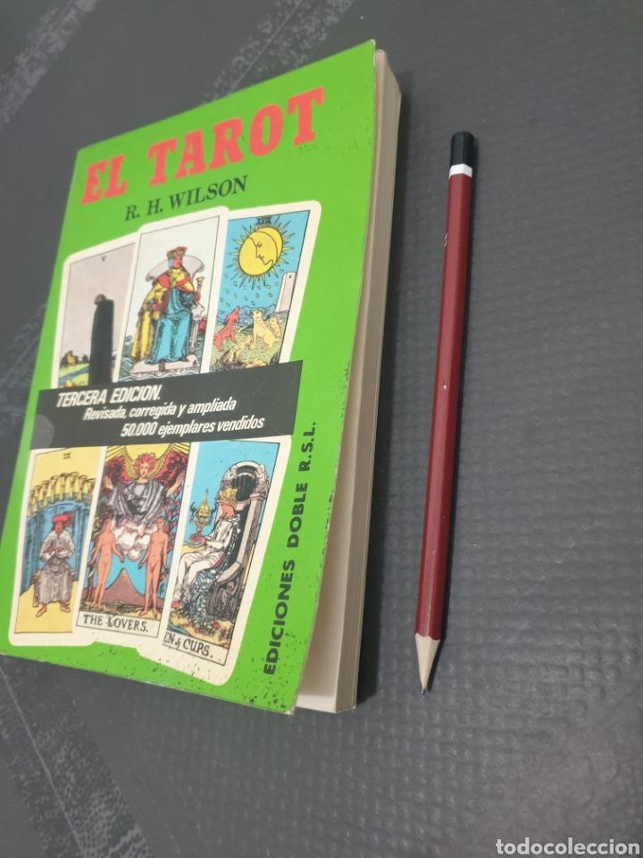 Libros de segunda mano: El tarot, r.h. Wilson, 1981 - Foto 2 - 255358630