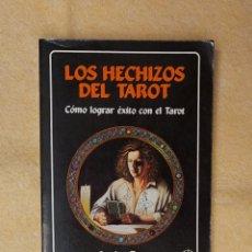 Libros de segunda mano: LOS HECHIZOS DEL TAROT. Lote 269181398