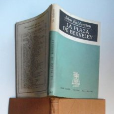 Libros de segunda mano: LA PLAZA DE BERKELEY, DE JOHN BALDERSTONE. BASADA EN LA NOVELA DE HENRY JAMES EL SENTIDO DEL PASADO.. Lote 288630968