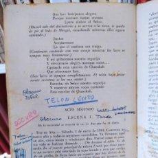 Libros de segunda mano: CURIOSA TEATRALIZACIÓN DE EL DIARIO DE ANA FRANK. EJEMPLAR ANOTADO PARA REPRESENTARLO.. Lote 232420411