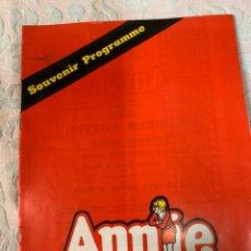 Libros de segunda mano: ANNIE,TEATRO DE DUBLÍN 1980. Lote 263531515