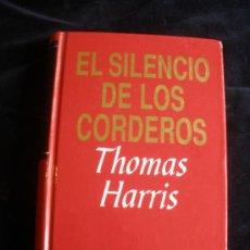 Libros de segunda mano: EL SILENCIO DE LOS CORDDEROS. THOMAS HARRIS. 1994 396 PAG. Lote 17195375