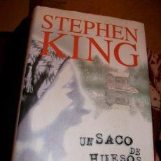 Libros de segunda mano: STEPHEN KING - UN SACO DE HUESOS - CIRCULO DE LECTORES - TAPA DURA. Lote 26142683